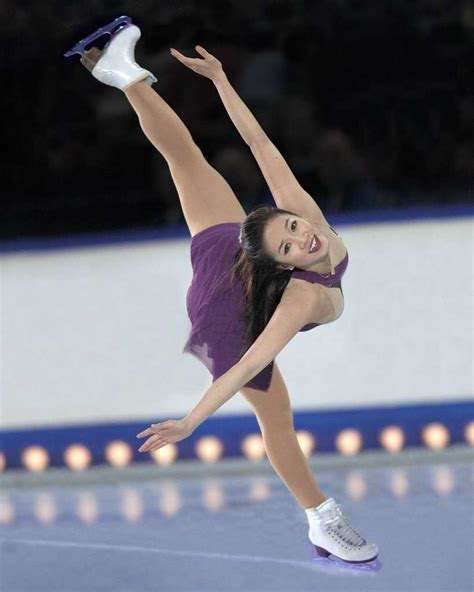 women figure skaters     page