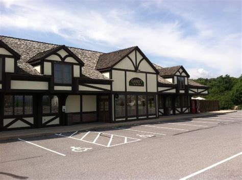 hotels in sinking spring pa ganly 39 s pub and restaurant sinking spring restaurant