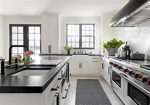 Kitchen with black and white diamond woven rug on gray for Kitchen cabinet trends 2018 combined with oil rubbed bronze wall art