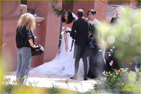 cheryl burke  married dancer ties  knot  matthew