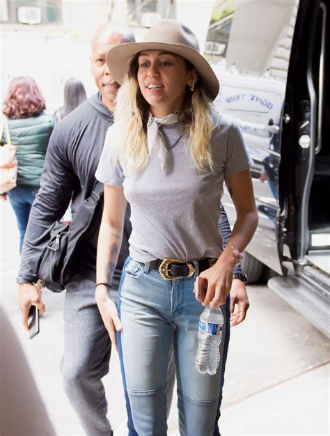 Miley Cyrus Arriving to New York City 05/15/2017 • CelebMafia