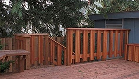 triple stacked vertical  baluster design deck railing