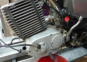 Fuite Moteur : fuite d huile sous le moteur ~ Gottalentnigeria.com Avis de Voitures