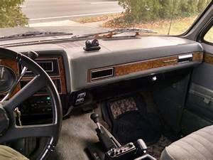 1989 Chevrolet Suburban Siverado 2500 4x4