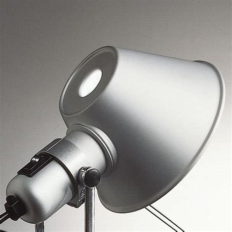 kitchen lights fluorescent tolomeo mini with table cl artemide ambientedirect 2227