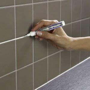 Faire Les Joints De Carrelage : r nover des joints carrelage avec le stylo peinture julien ~ Dailycaller-alerts.com Idées de Décoration