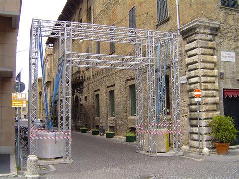 Tralicci Alluminio by Americane Tralicci In Alluminio Pesaro Feste