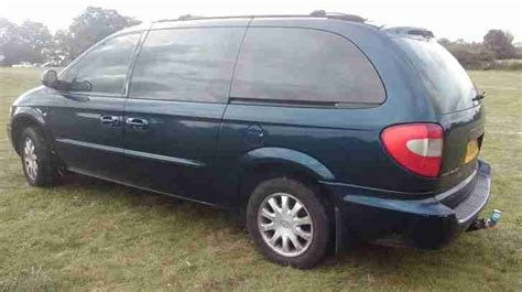 Family Chrysler by Chrysler Great Family Car Grand Voyager 2 5 Crd Lx 03 Car