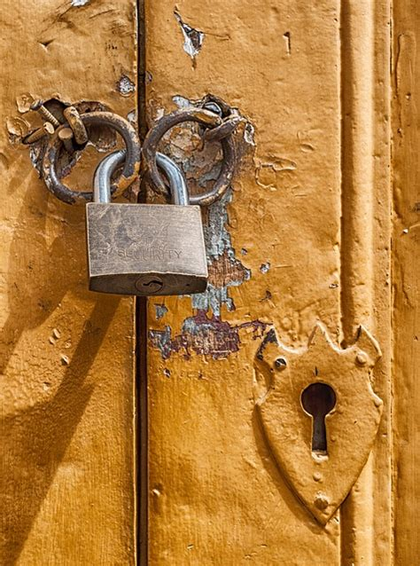 padlock door lock key  photo  pixabay