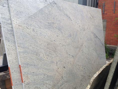 Cielo De Marfil Granite   white granite worktops