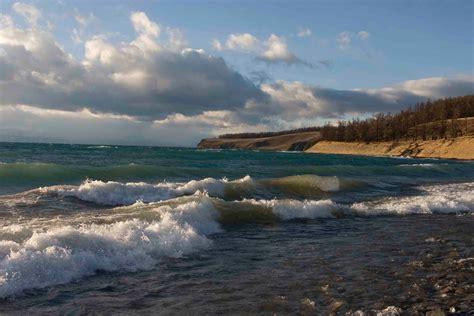 Imagine The World: Beautiful Baikal lake - Summer