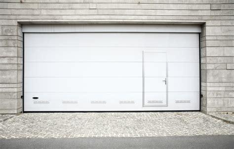 porte de garage avec portillon prix d une porte de garage sectionnelle avec portillon prix de pose fr