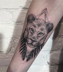 17 best ideas about Lioness Tattoo on Pinterest | Thigh ...