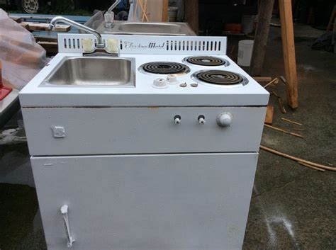Small Stove, Fridge, Sink Units, Great For Small Suite