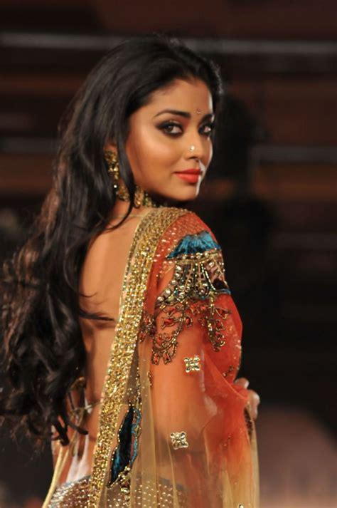 shriya saran hottest backshow  collection