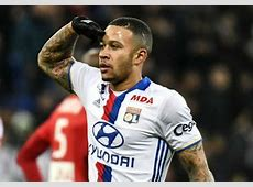 ExManchester United man Memphis Depay scores for Lyon