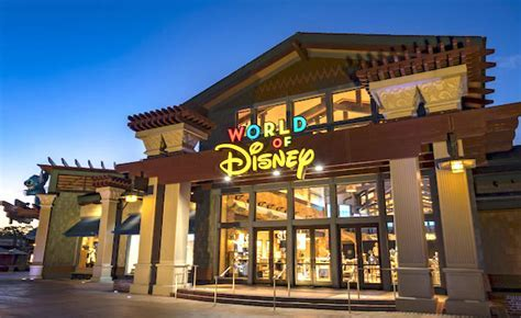 Orlando Insider Vacations Guide to Disney Springs in