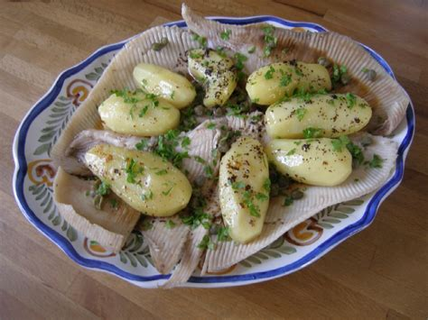 raie au beurre noir ou noisette la recette du dredi