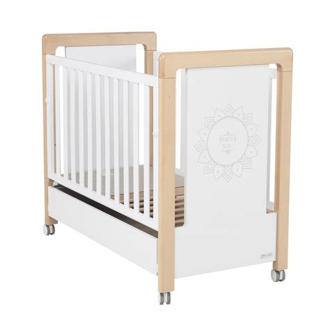 chambre bebe lit et commode chambre bb lit et commode mandala de micuna chambre bb