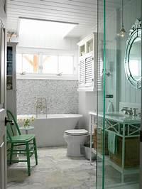 sarah richardson bathroom Porcelain Bathtub Options: Pictures, Ideas & Tips From ...