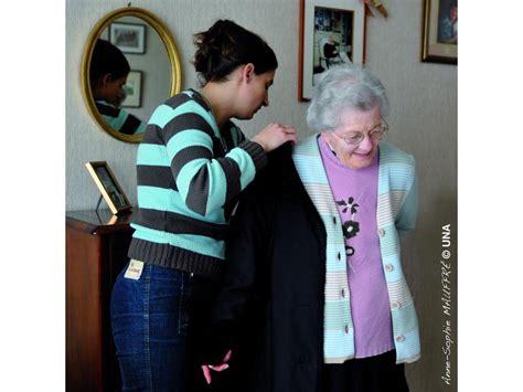 aide toilette personnes agees aide et accompagnement 224 domicile una bretagne