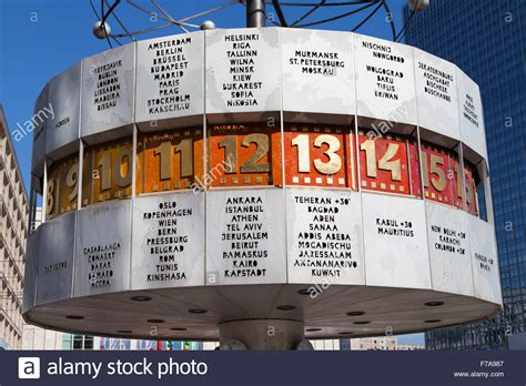 berliner weltzeituhr world clock  alexanderplatz