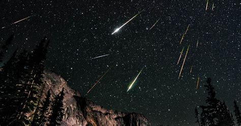 perseid meteor shower reaching  peak  weekend