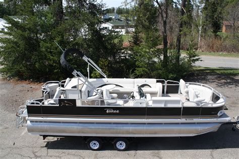 Tritoon Boats Price by New Tahoe 24 Fnf Tritoon 2013 For Sale For 19 999 Boats