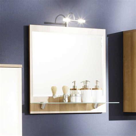 badspiegel mit ablage und beleuchtung badezimmerspiegel mit beleuchtung und ablage mit material glas und holz dass installation auf
