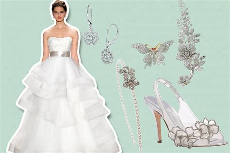 Wedding Dress Accessories by Find The Gown Accessories To Match Your Venue