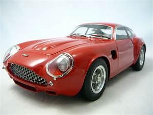 Aston Martin Miniature : aston martin db4 gt zagato 1961 miniature 1 18 cmc cmc 146 freeway01 voitures miniatures de ~ Melissatoandfro.com Idées de Décoration