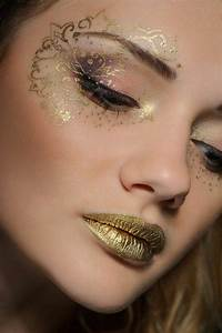 Karneval Gesicht Schminken : fasching schminken den karneval look vollenden fasching pinterest make up fasching ~ Frokenaadalensverden.com Haus und Dekorationen