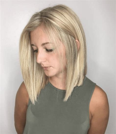The Different Types of Bobs A line haircut Wavy bob