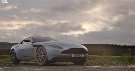 Aston Martin Db11 Vs Aston Martin V12