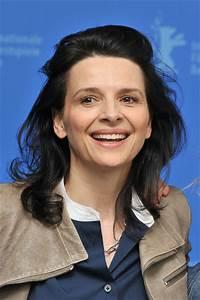 """Juliette Binoche in """"Elles"""" Photocall - 62nd Berlinale ..."""