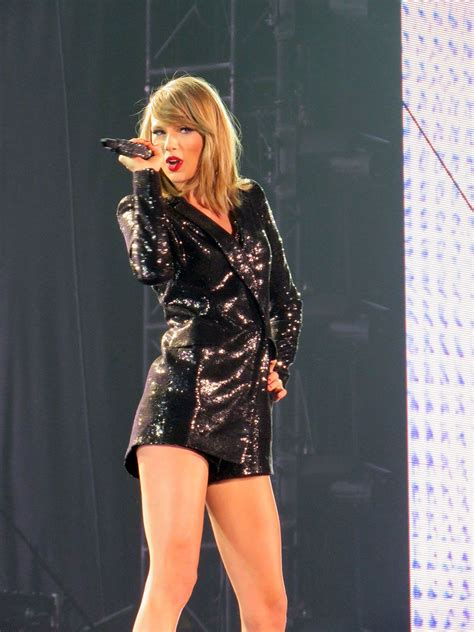 t.s. 1989 | Taylor swift concert, Taylor alison swift, Taylor