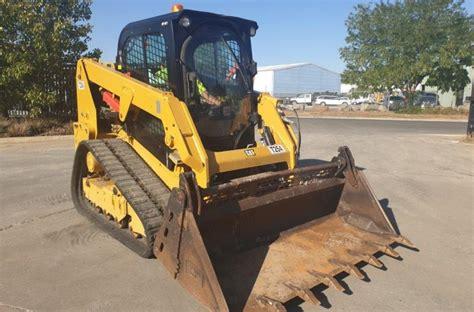 cat  skid steer equipment focus caterpillar  series