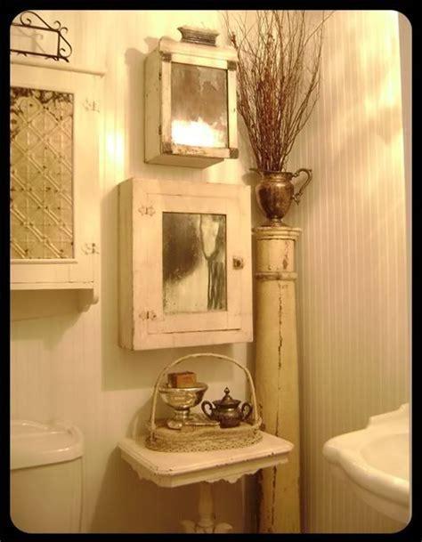 Corner Medicine Cabinet Vintage   WoodWorking Projects & Plans