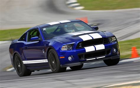 2018 Ford Shelby Gt500 Front Three Quarter Motion Photo 6
