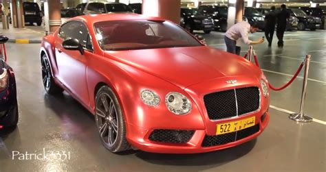 red bentley matte red bentley gt is ready for christmas in dubai