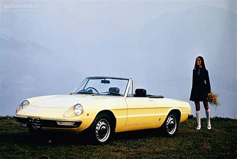 1970 Alfa Romeo Spider by Alfa Romeo Spider Specs 1970 1971 1972 1973 1974