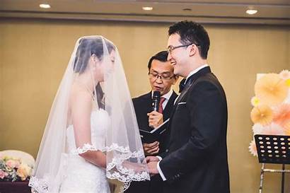 Singapore Wife Husband Lift Bride Veil Sabrina