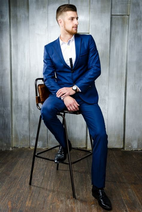 what color shoes with blue suit what color shoes do you wear with a blue suit style guru