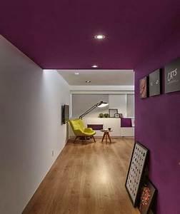 Peindre Un Couloir : peindre un plafond avec une peinture couleur d co ~ Dallasstarsshop.com Idées de Décoration