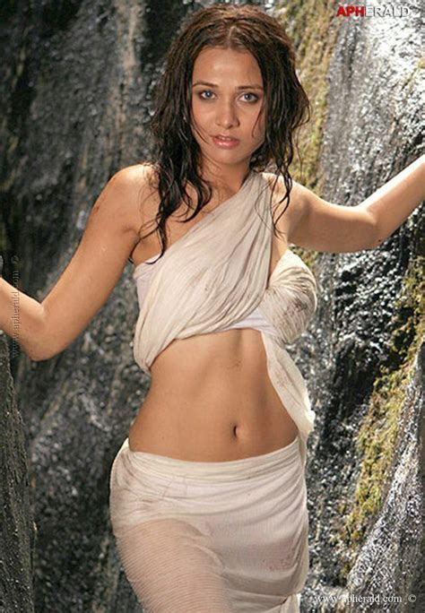 Hottest Actresses Navel Cleavages Page