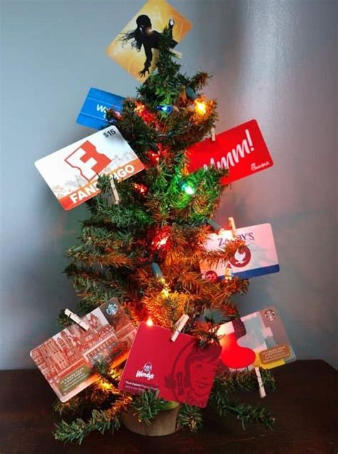 Elegant, sophisticated, classic, cool, announcements 4 Dollar Tree Christmas Tree Gifting Ideas (SO CUTE!)