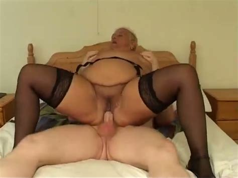 Fat Granny Jumps On A Cock And Enjoys Doggystyle Anal Sex