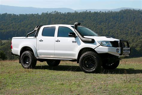 safari snorkel for toyota hilux 2015 2017 and diesel engine