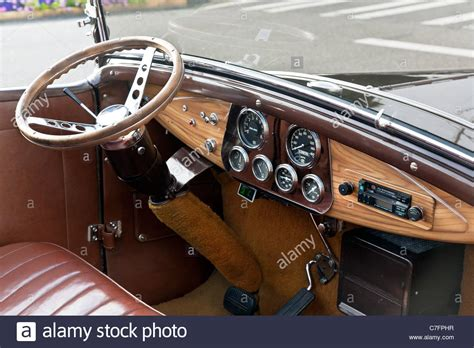 rationally designed dashboard wooden steering wheel