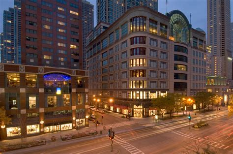 best staycation cities chicago